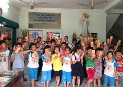 Les Enfants fêtent le TÊT