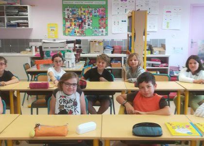 Les élèves de l'école Marie-Eustelle aident pour la collecte de jouets